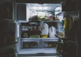 Who are the leading producers of refrigerators and how they maintain their market shares?