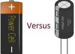 What is the difference between batteries and capacitors?